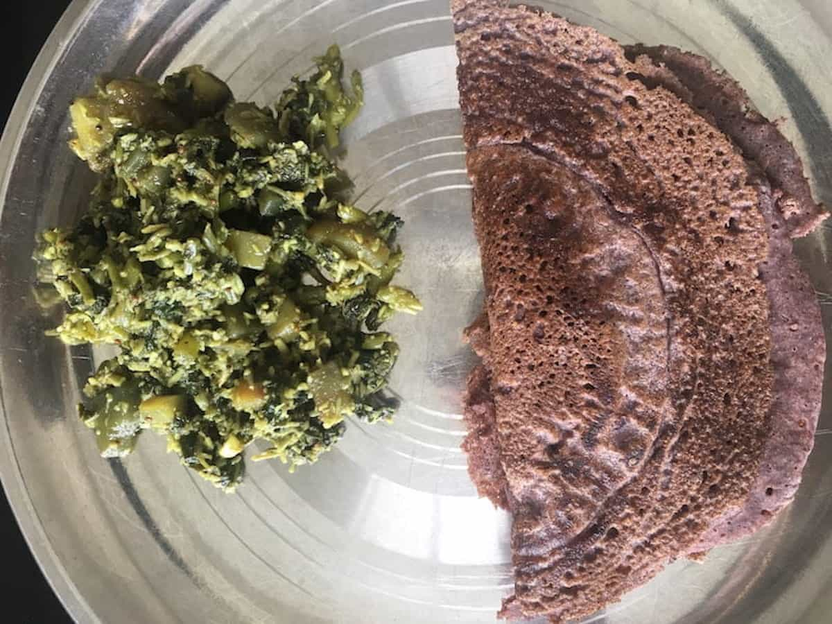 Amaranth Leaves and Coconut Fry with Ragi Dosa (Finger Millet Flour Pancake)